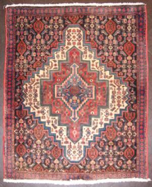 Persian Senneh (70sn2267)