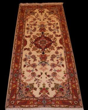 Fine Persian Tabriz (70tb6045)