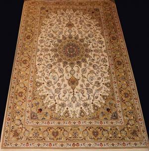 Fine Persian Silk Kashan (33431k)