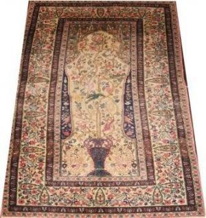 Fine Old Persian Tabriz (106935)