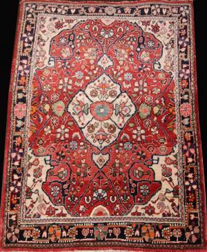 Fine old Persian Sarouk (116000)